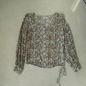 Trendy 🐍 print lucky blouse